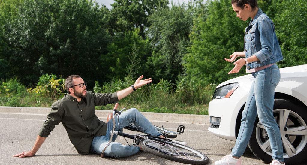wypadek rowerzysty uk